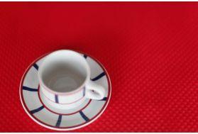 Sets et nappes en papier rouge personnalisés