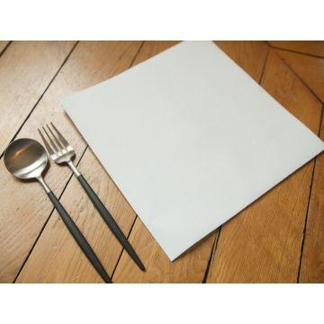 https://www.oscardelatable.com/2011-thickbox/serviette-intisse-blanche-50x50.jpg