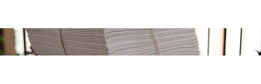 Sets et nappes en papier personnalisées